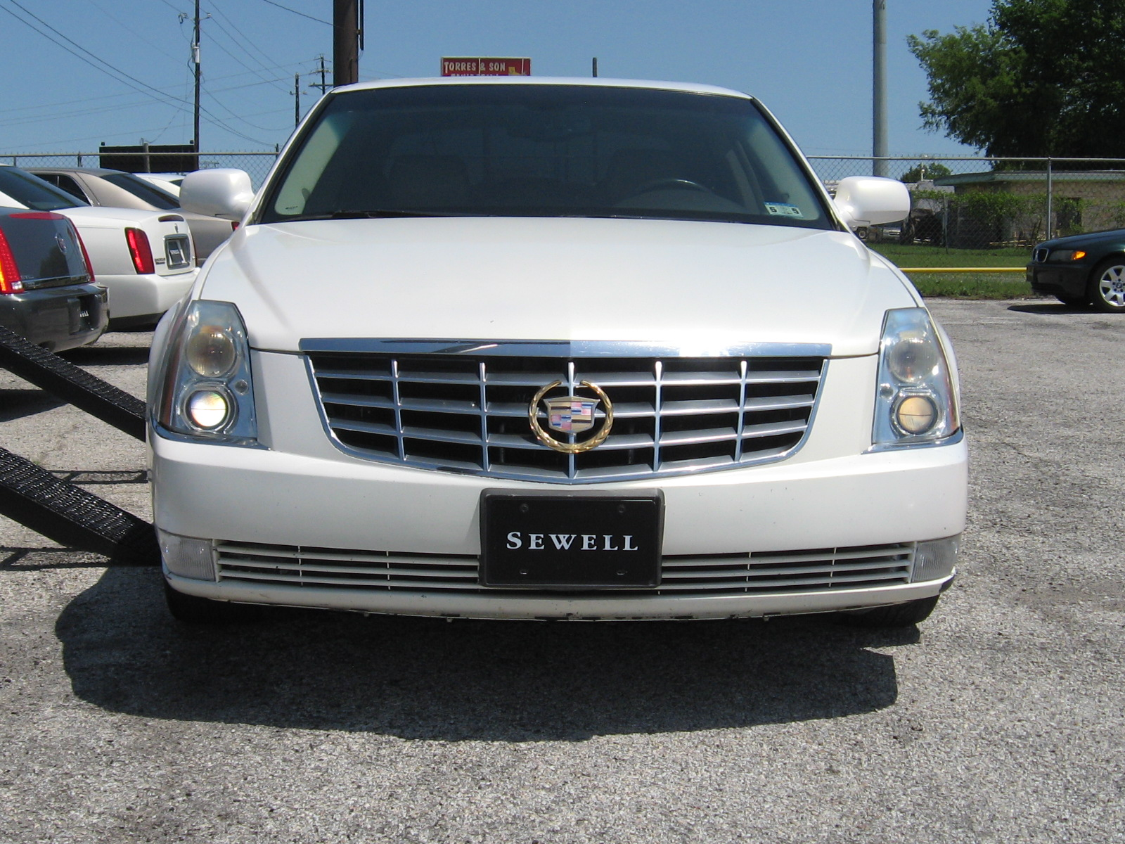 2007 cadillac dts welcome to autoworldtx. Black Bedroom Furniture Sets. Home Design Ideas