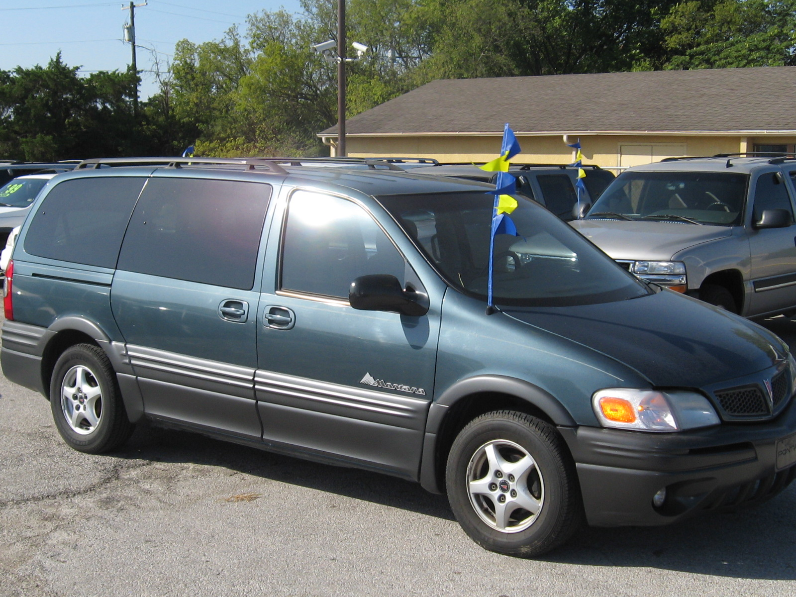 2005 pontiac montana wagon extended luxury welcome to. Black Bedroom Furniture Sets. Home Design Ideas
